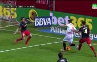 Foto: ¿Hay penalti a Krychowiak?