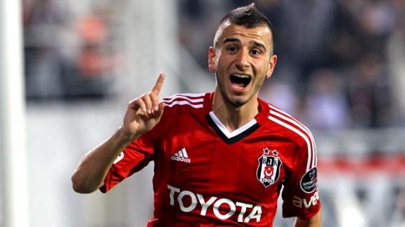 El Sevilla volverá a intentar el fichaje de Özyakup este verano