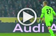Vídeo: El portero del Mainz se olvida de la pelota!!