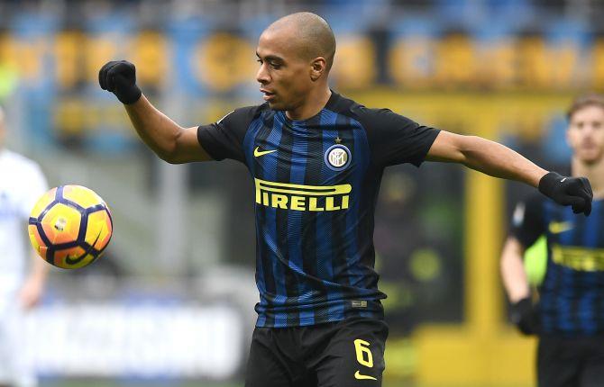 El Inter intentó un cambio de Joao Mario por Franco Vázquez
