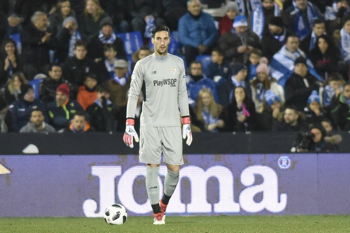 OFICIAL: Sergio Rico se marcha cedido al Fulham