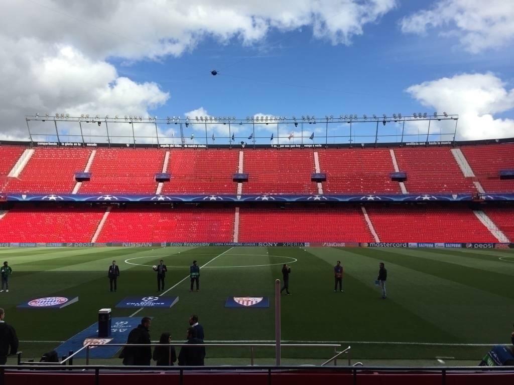 Foto: El Estadio con los nuevos asientos y sin foso, visto en ForoSevillaGrande