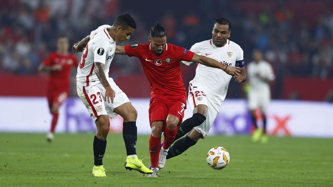 Nuevo 'no' del Sevilla al Corinthians por Arana