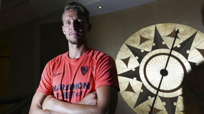 Koeman defiende a De Jong: