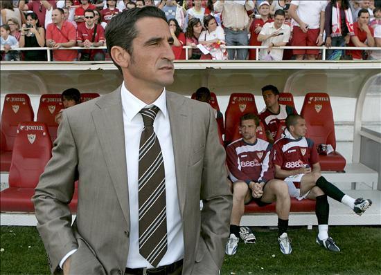 Manolo Jiménez: 'Este Sevilla está más que capacitado para ganar en Praga'