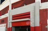 Foto: Sigue a buen ritmo el cambio de puertas del Sánchez-Pizjuán vía @nacerxradominar