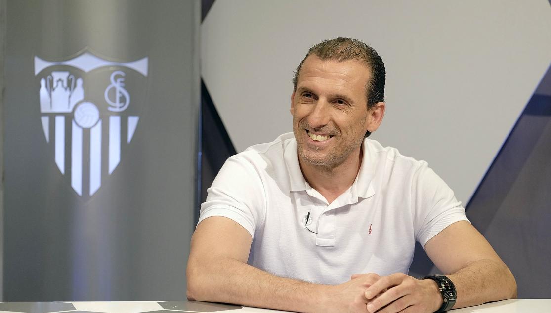 Arias desvela el perfil del nuevo entrenador del Sevilla Atlético