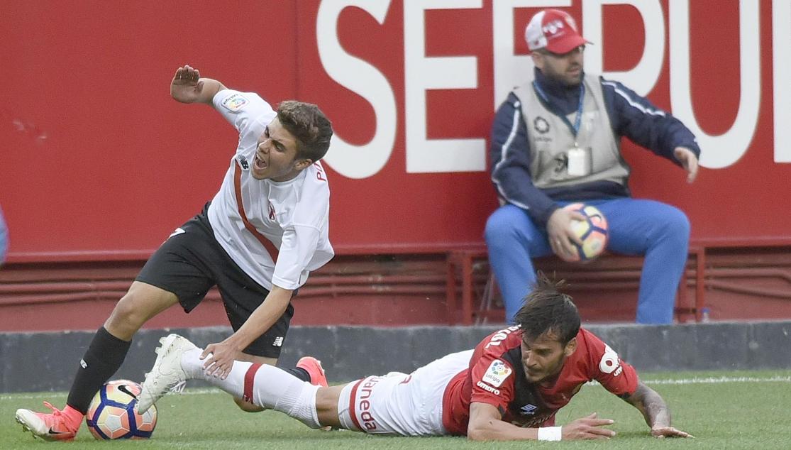 Mariano, principal novedad en la lista ante Osasuna