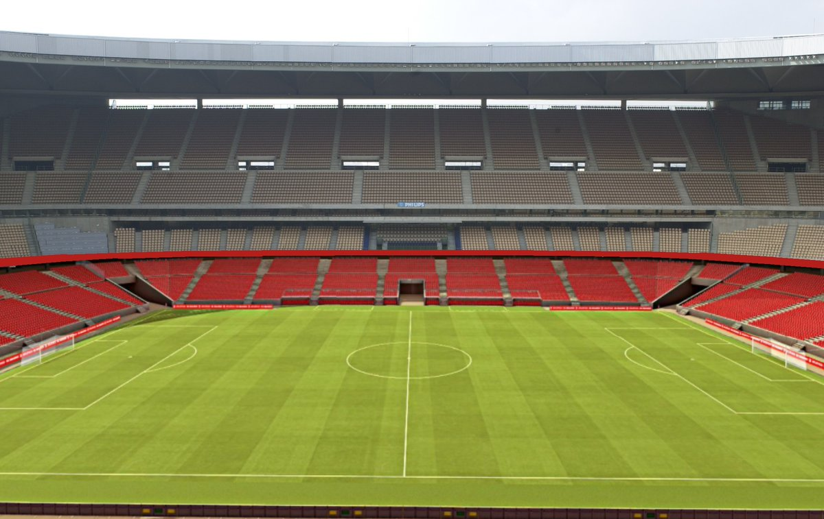 Foto: Estadio de la Cartuja acondicionado al fútbol por @JCAtienza87 y @SevilladeMiarma