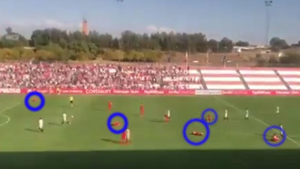 Foto: El calambre masivo que afectó... ¡hasta a seis jugadores del Spartak!