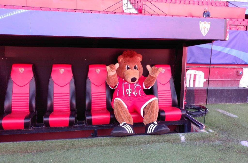 El 'chantaje' del Sevilla a Berni, la mascota del Bayern