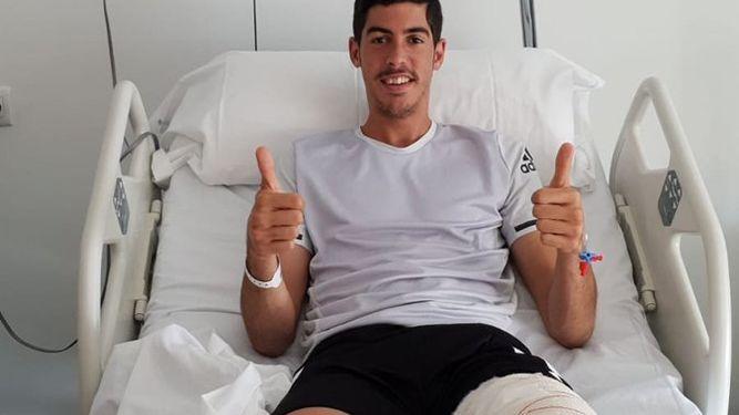 Carlos Fernández estará de baja varias semanas por operación de menisco