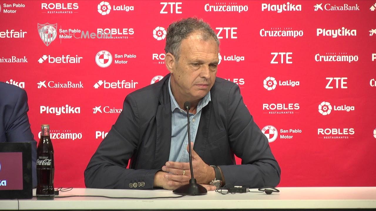 El Sevilla FC busca central y delantero para enero