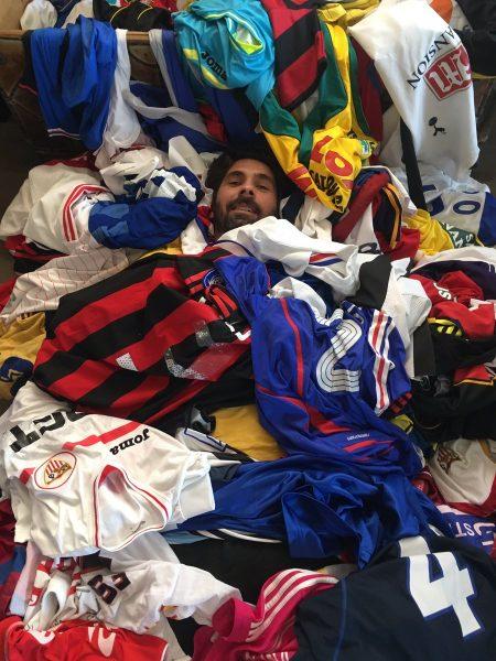Foto: Parece que Escudé ha jugado algunos partidos en su vida...