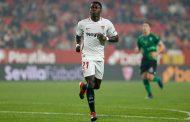 El AC Milan piensa en llevarse a Quincy Promes del Sevilla