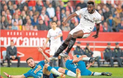 Hasta 7 Noticias Resumidas de Fichajes y Actualidad del Sevilla FC