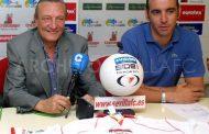 Foto: Presentación de Monchi como nuevo director deportivo en el año 2000, vía @AHistoriaSFC