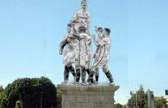 Foto: La nueva escultura que presidirá una de las glorietas más famosas de Sevilla