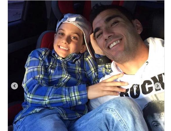 La emotiva despedida del hijo de Reyes en Instagram