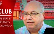 Vídeo: Emotiva despedida del Sevilla a Pepe Bernet, su empleado más antiguo