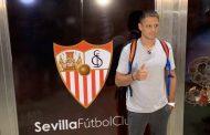 Vídeo: Chicharito ya está en Sevilla