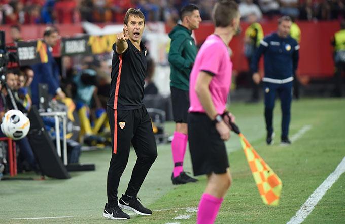 Los laterales del Sevilla FC para Julen Lopetegui