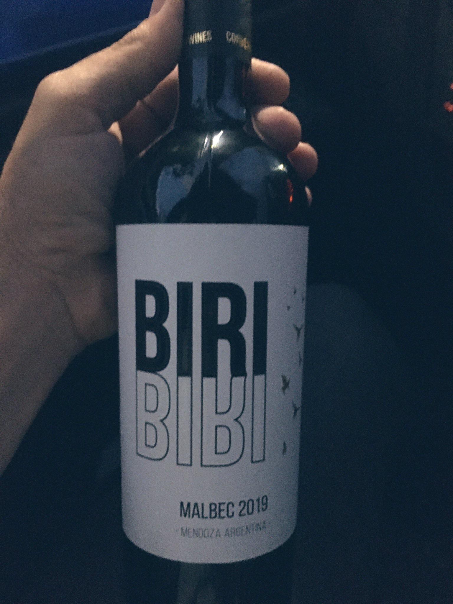 Foto: Un vino muy sevillista para brindar en estas fechas, vía @efesevilla