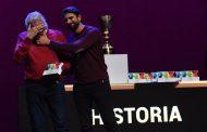 Vídeo: El aplauso infinito al padre de José Antonio Reyes al recibir el Premio Historia del ElDesmarque