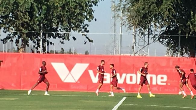 Una sorpresa en el entrenamiento del Sevilla